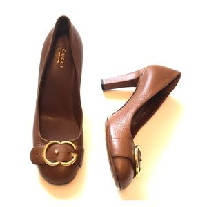 GUCCI made in Italy size 38 1/2